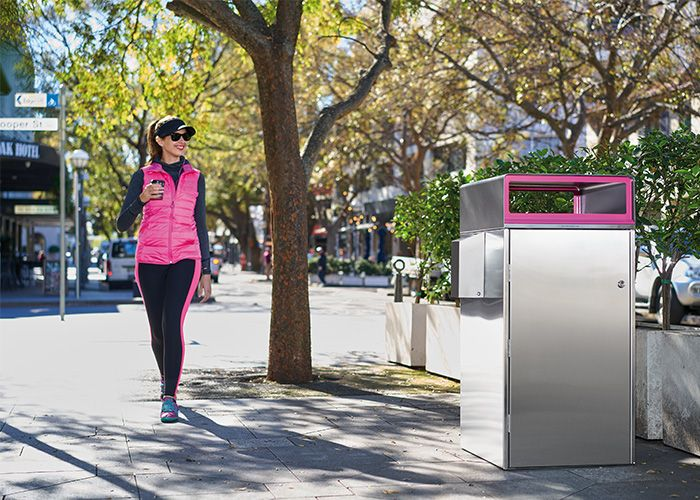 Escola Bin Enclosure 120L with Flat roof WBE-E120 Roof in Textura Monument. Rectangular opening in Telemagenta (pink)